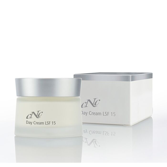 CNC Cosmetic - White Secret Day Cream LSF15 - 50ml